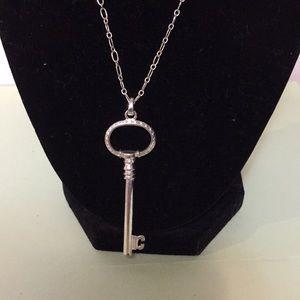 """Fashion necklace key 18"""""""